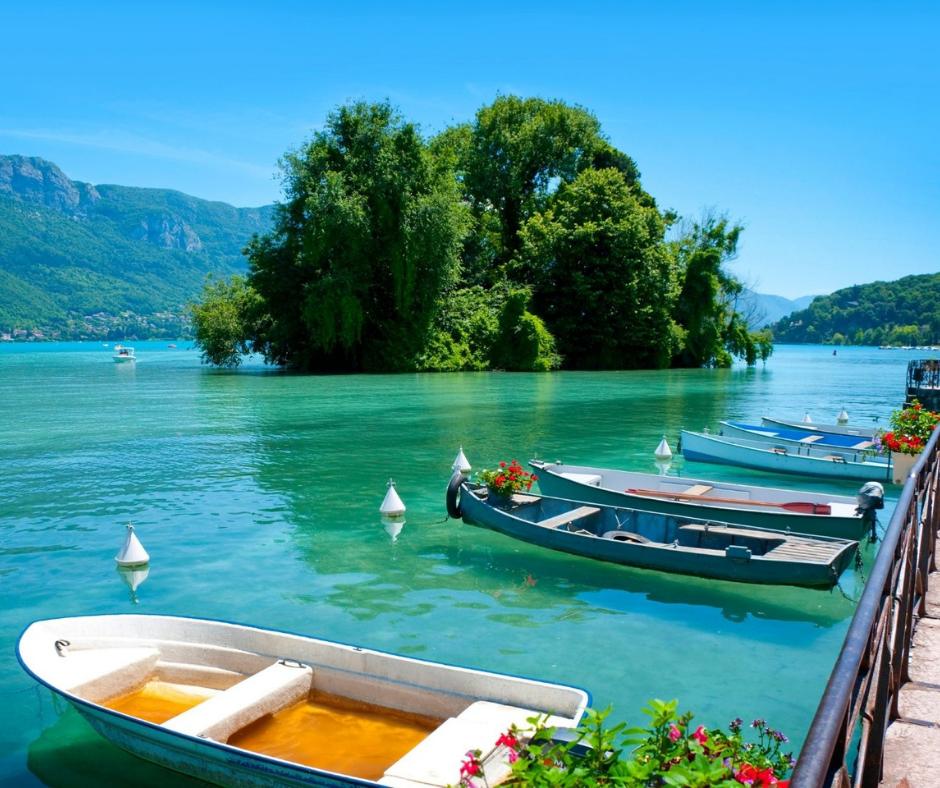 Couleurs des 4 grands lacs de Savoie Mont Blanc